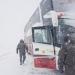 Evacuaron a pasajeros de bus que quedó al borde de caer a un precipicio en la cordillera