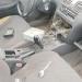 Sujetos que robaban especies de vehículos intimidaron con pistola a postones a un trabajador
