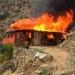 Familia resultó damnificada por voraz incendio que redujo a cenizas modesta casa en el Cerro El Patagual